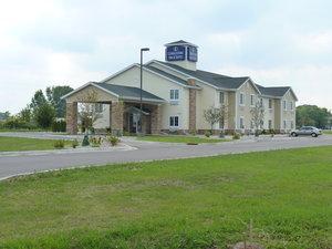 Exterior view - Boarders Inn & Suites Oshkosh