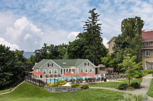 Pool - Tarrytown House Estate Conference Center Hotel