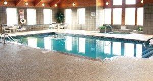 Pool - Paynesville Inn & Suites