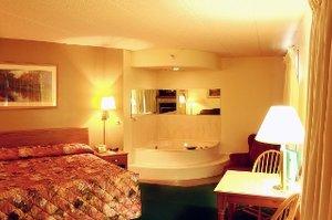 Exterior view - Paynesville Inn & Suites