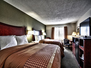 Suite - Christopher Inn & Suites Chillicothe
