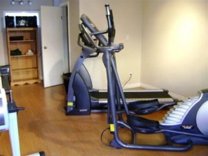Fitness/ Exercise Room - BCMInns Hotel Drayton Valley