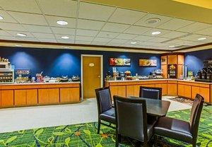Restaurant - Fairfield Inn & Suites by Marriott Hazleton