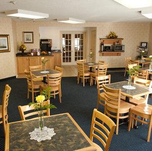 Restaurant - Harbourfront Inn Sarnia