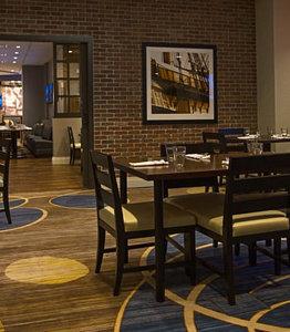 Restaurant - Marriott Hotel Inner Harbor Baltimore