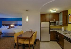 Room - Residence Inn by Marriott Chicopee