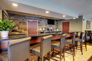 Bar - Cobblestone Inn & Suites Rugby