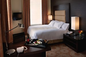 Room - Emery Hotel Minneapolis