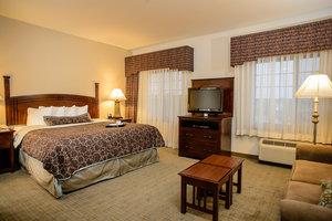Suite - Staybridge Suites Webster