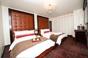 Room - Sanctuary Hotel New York