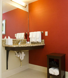 Room - Courtyard by Marriott Hotel Springfield
