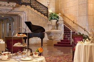 Restaurant - Millennium Biltmore Hotel Los Angeles