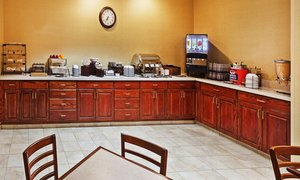 Restaurant - Country Inn & Suites by Radisson Wichita