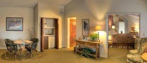 Suite - Pine Ridge Inn Bend