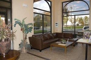 Lobby - Arbor Suites Medical Mile Springfield