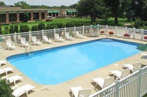 Pool - Arrowwood Resort & Conference Center Okoboji
