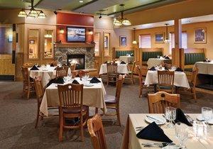 Restaurant - Arrowwood Lodge at Brainerd Lakes Baxter