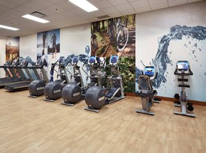 Fitness/ Exercise Room - DoubleTree by Hilton Hotel West Edmonton