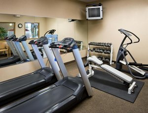 Fitness/ Exercise Room - Clubhouse Hotel & Suites Sioux Falls
