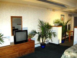 Suite - Santa Fe Inn Pueblo