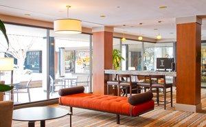 Lobby - Radisson Hotel at Cross Keys Baltimore