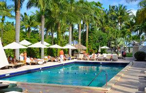 Pool - South Seas Hotel Miami Beach
