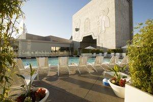 Pool - Loews Hollywood Hotel