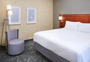 Room - Courtyard by Marriott Hotel Mendota Heights