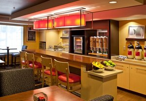 Restaurant - TownePlace Suites by Marriott Colorado Springs