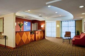Lobby - Holiday Inn Express Sacramento