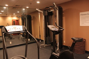 Fitness/ Exercise Room - Holiday Inn Express New Columbia