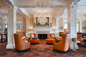 Lobby - Wayne Hotel