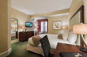 Room - Wayne Hotel