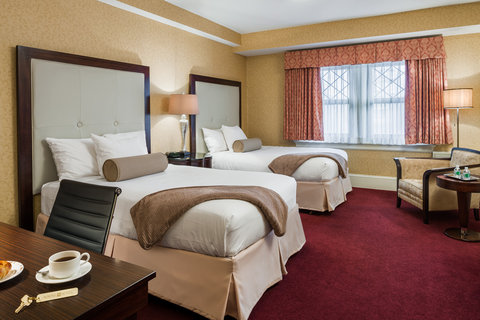 Wayne Hotel Double Double Guest Room