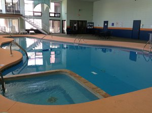 Pool - Boarders Inn & Suites Grand Island