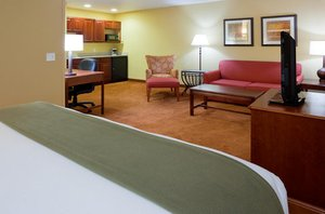 Suite - Holiday Inn Express Stevens Point