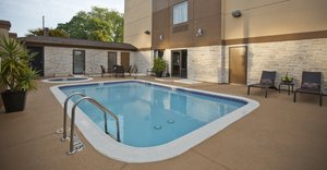 Pool - Holiday Inn Express Hotel & Suites Spring