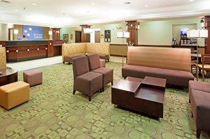 Lobby - Holiday Inn Express Hotel & Suites Garden City