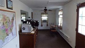 Lobby - Modern Motel Vinton