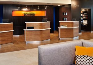 Lobby - Courtyard by Marriott Hotel Convention Center