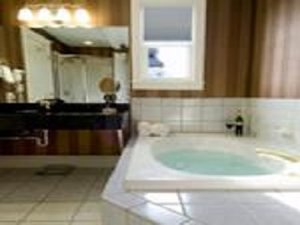 - Capitol Plaza Hotel Montpelier