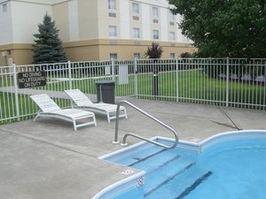 Pool - Holiday Inn Express Pittston