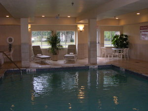 Pool - Candlewood Suites Windsor Locks