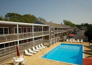 Pool - Holiday Hill Motor Inn Dennis Port