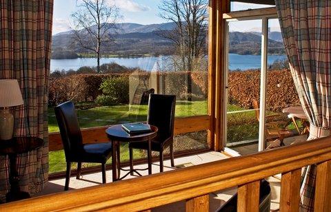 Madison House (Lounge View )