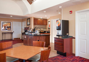 Restaurant - Residence Inn by Marriott West Springfield