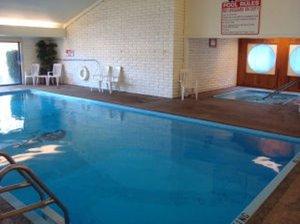 Pool - Fairbridge Inn & Suites Kalispell
