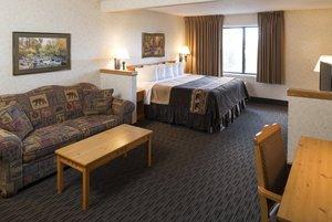 Room - Kelly Inn & Suites Mitchell
