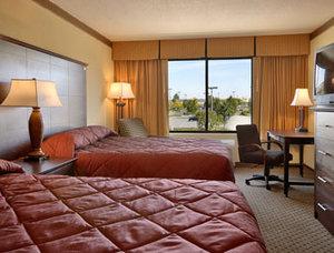 Room - Fairbridge Hotel & Conference Center East Hanover