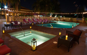 Pool - Airtel Plaza Hotel & Conference Center Van Nuys